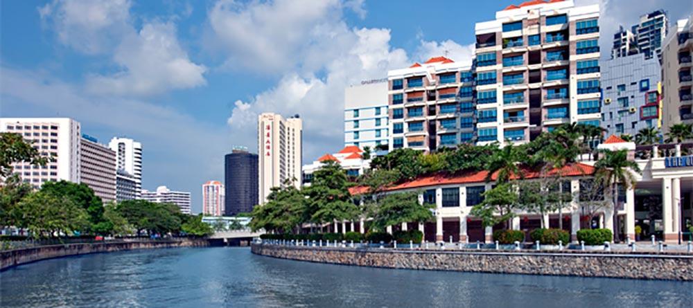 Fraser Residence Promenade by Singapore River